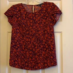 41 Hawthorn XS Floral Cap-Sleeve Blouse